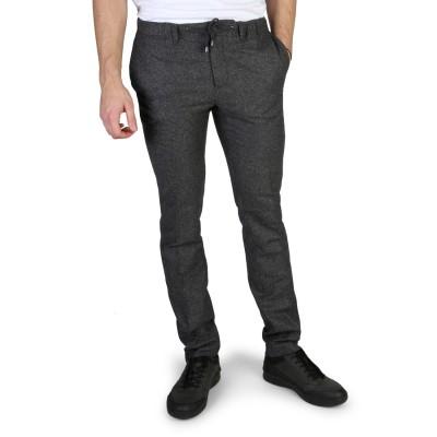 Pantaloni barbati Tommy Hilfiger model MW0MW03448
