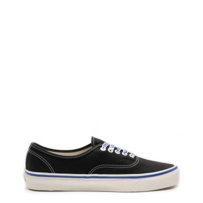 Pantofi sport barbati Vans model AUTHENTIC